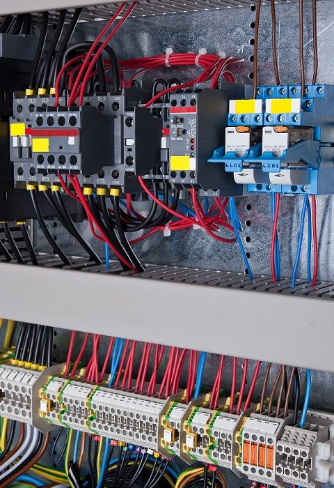New control panel with static energy meters and circuit-breakers