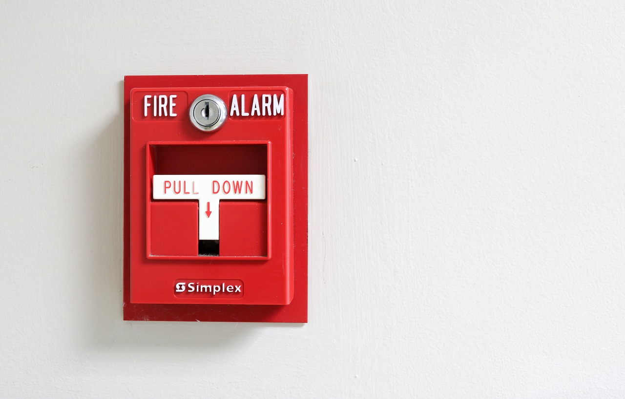What's the difference between smoke detectors or fire alarms